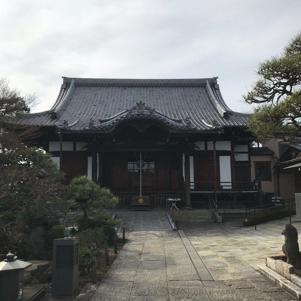 多聞寺の本殿