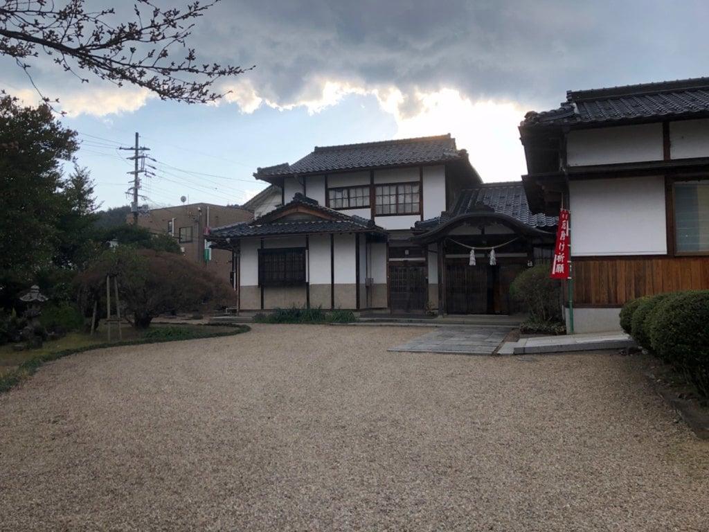 女代神社の建物その他