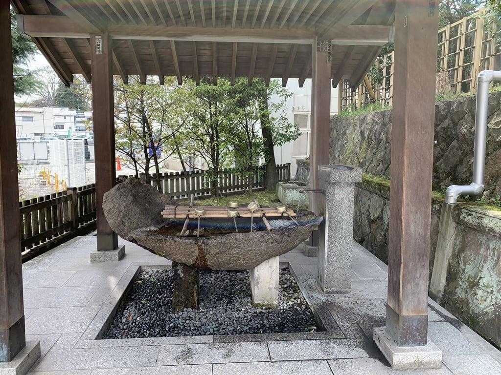 安積國造神社の手水