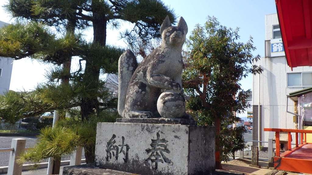 篠葉沢稲荷神社の狛犬