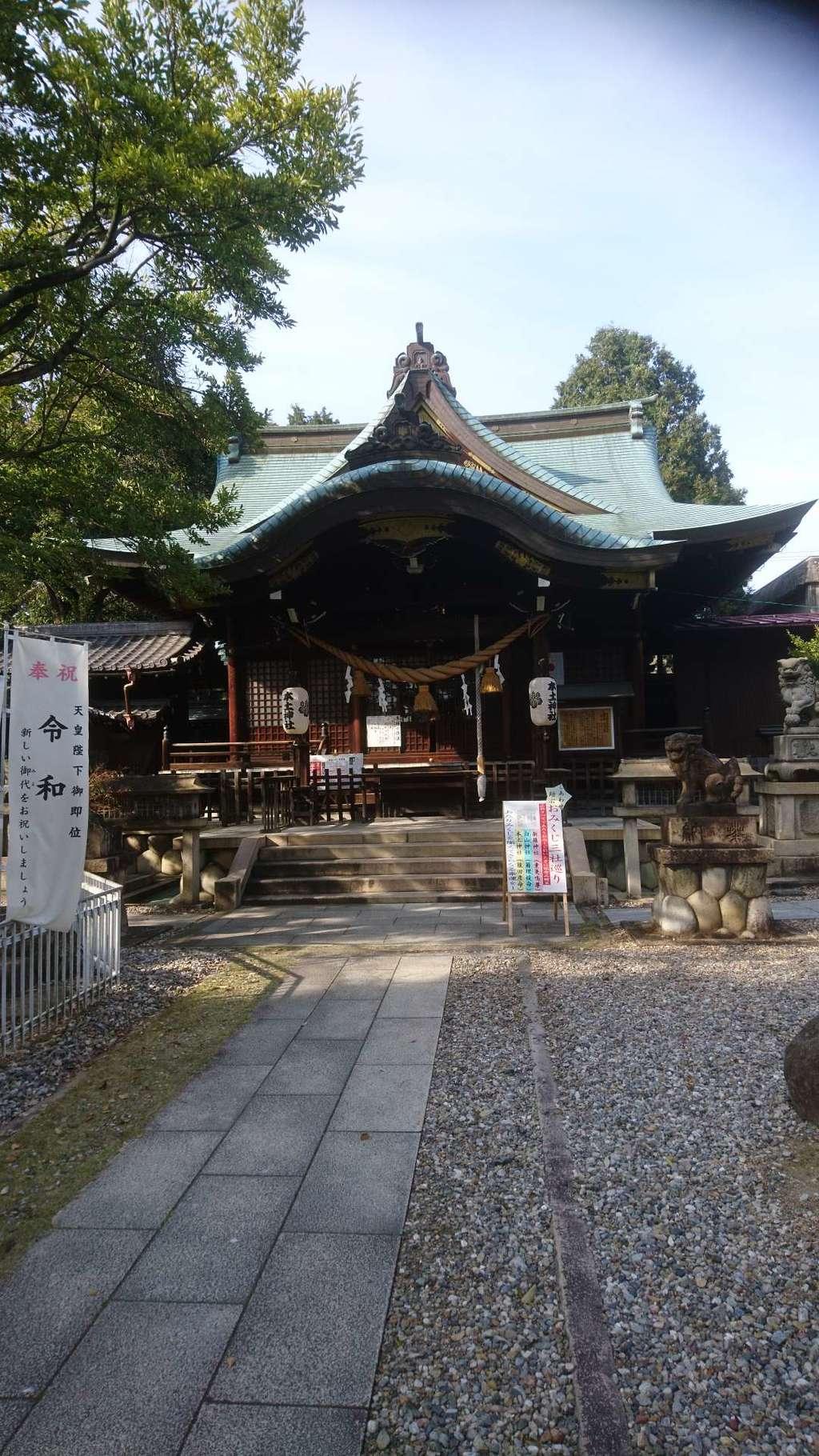本土神社の本殿