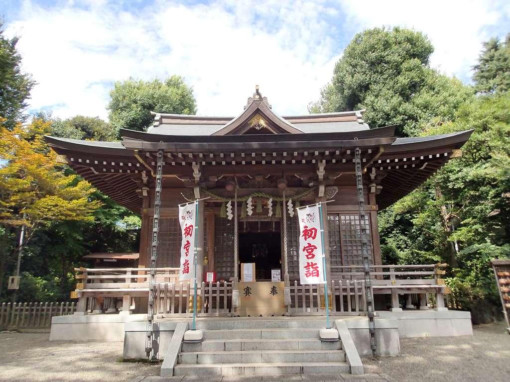 青渭神社の本殿