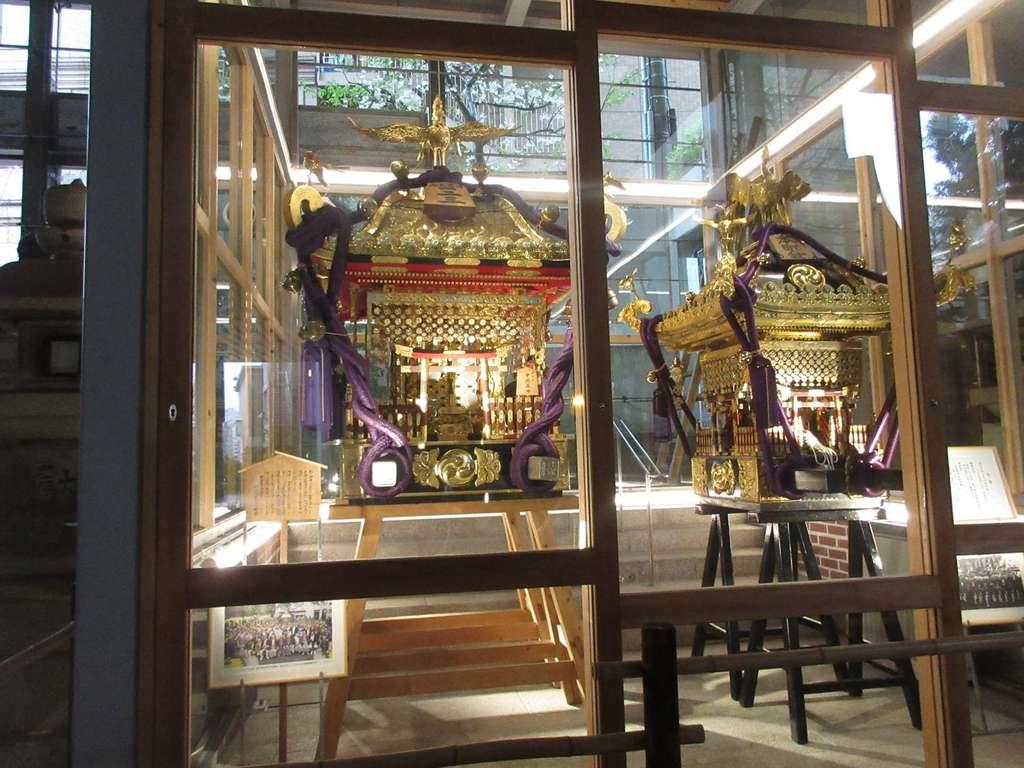雉子神社の芸術