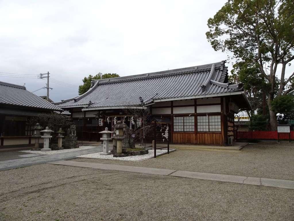 片埜神社の本殿