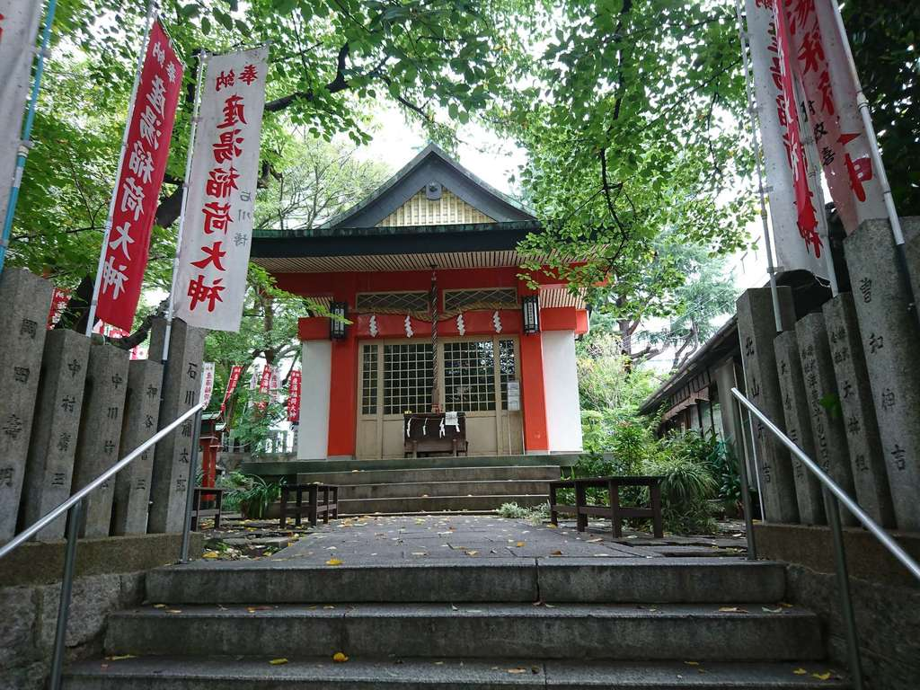 産湯稲荷神社の本殿