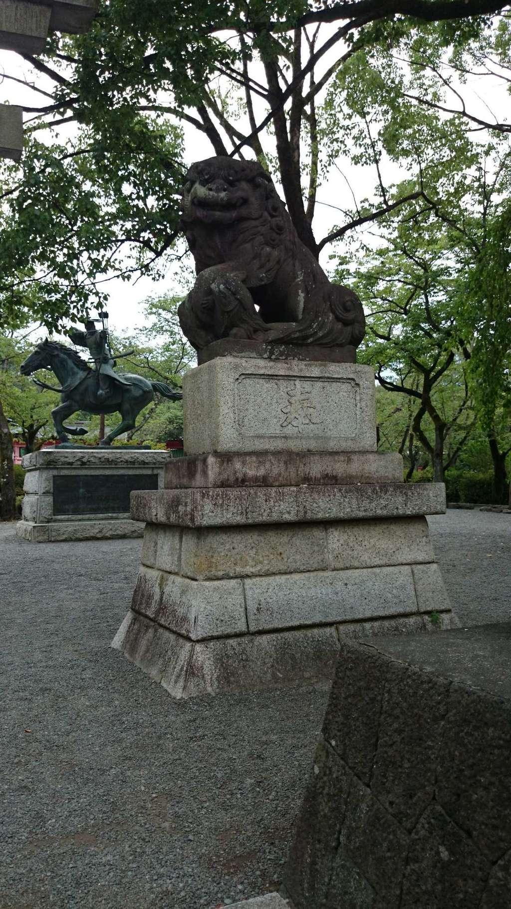 富士山本宮浅間大社の狛犬