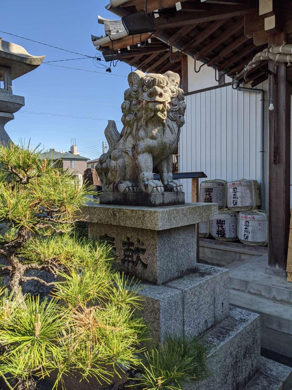 御嶽神社茅萱宮の狛犬