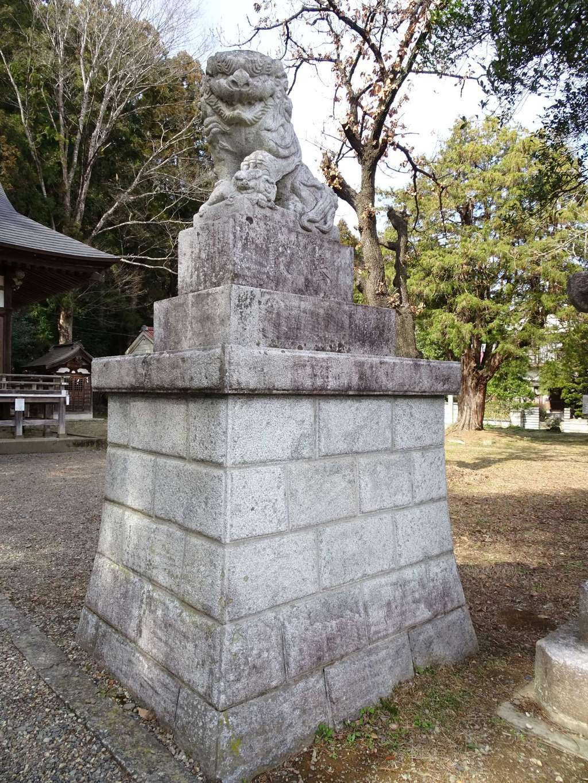 八雲神社の狛犬