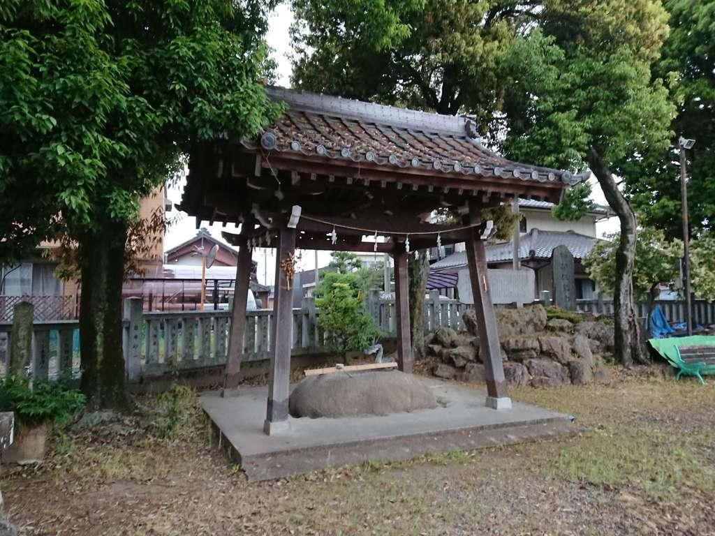御井神社の手水