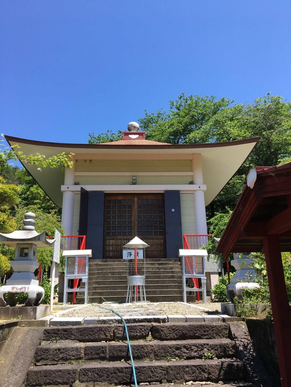 真長寺の本殿