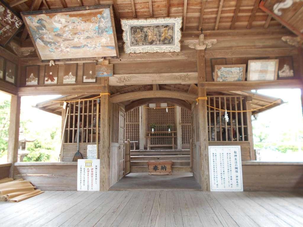 竃門菅原神社の本殿