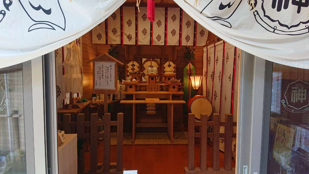 剣神社の本殿