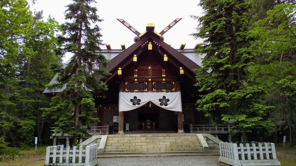 上川神社の本殿