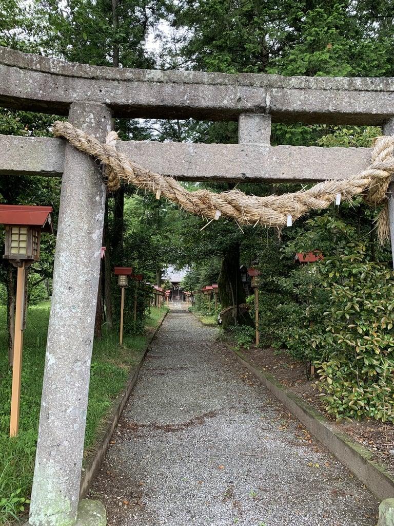 磐根神社の鳥居
