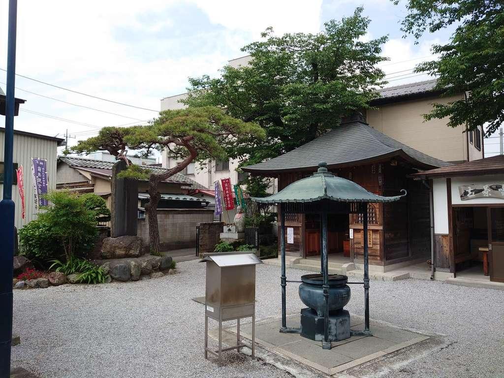 白道山神門寺の建物その他