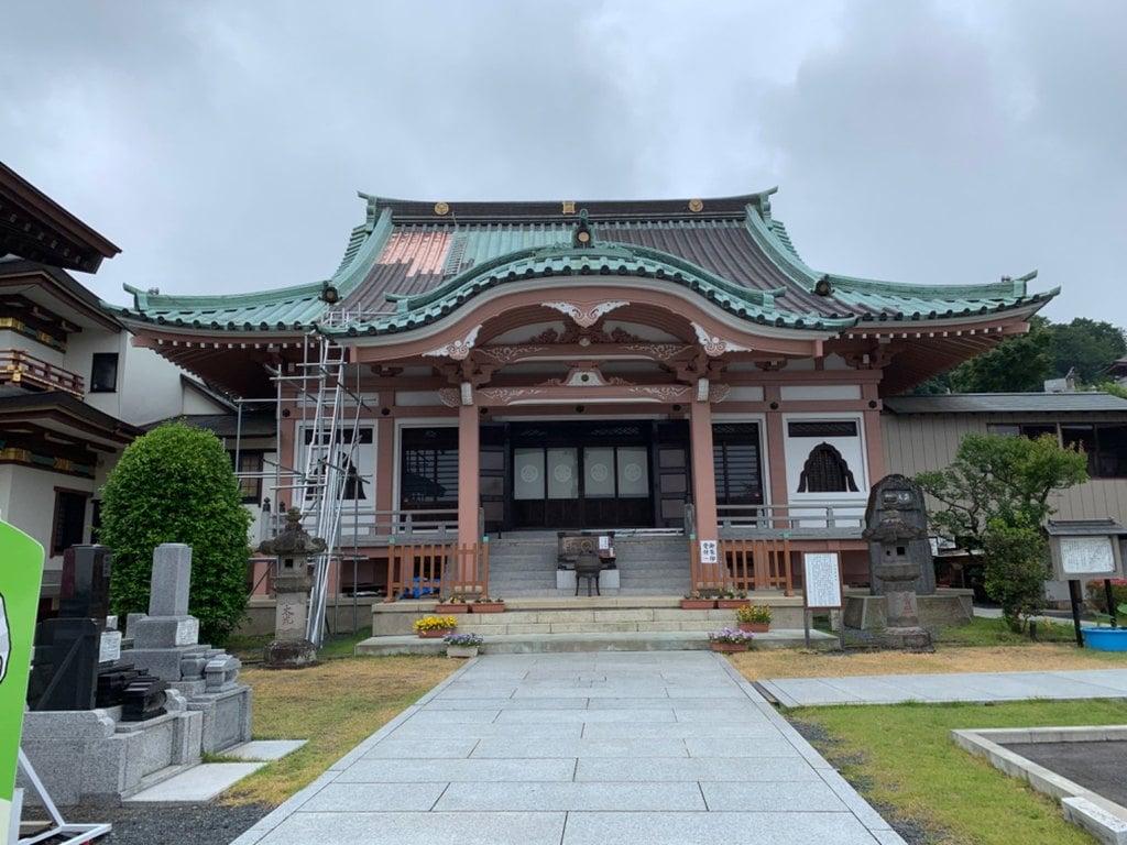 本山 久昌寺の本殿