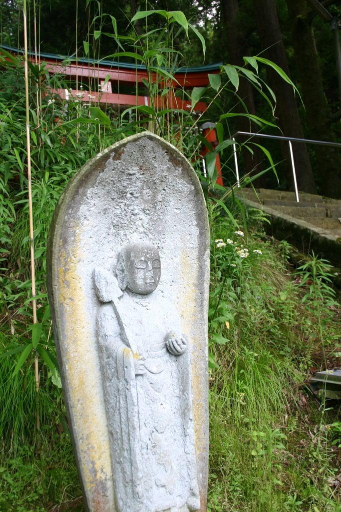 八幡神社の地蔵