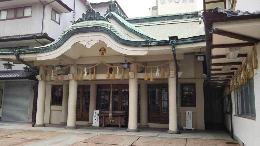 事代主神社の本殿