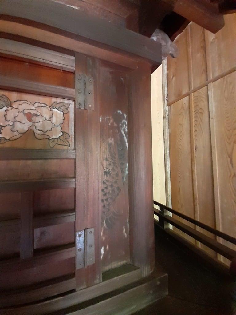 伏木香取神社の芸術