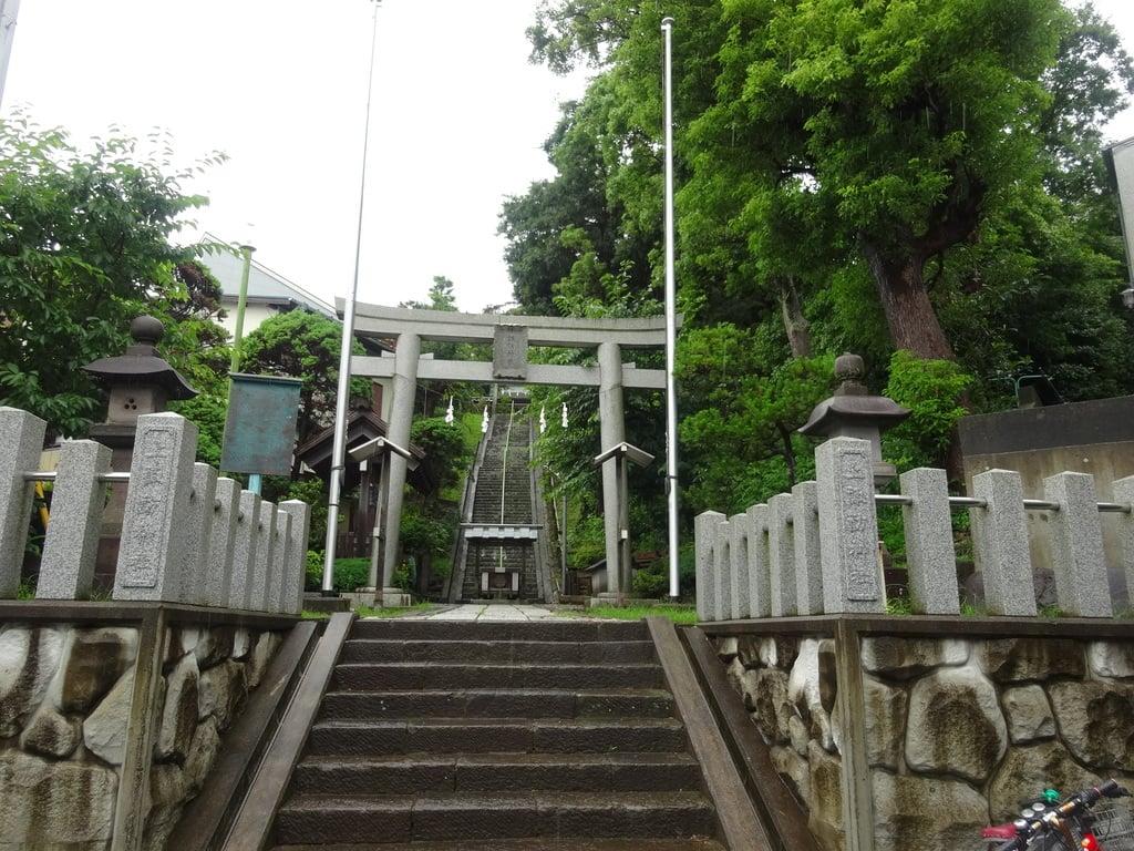 片瀬諏訪神社(神奈川県)