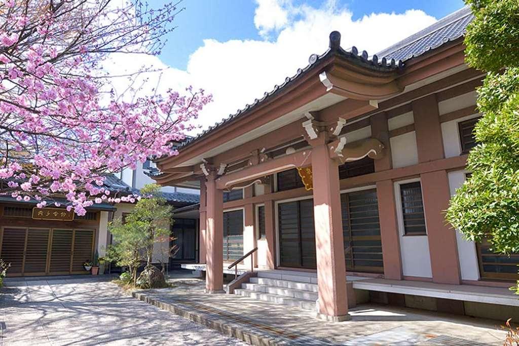 徳泉寺の本殿
