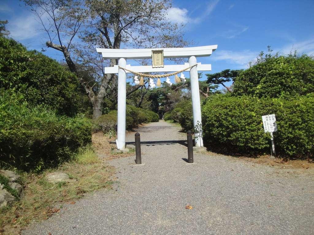 霊犬神社の鳥居