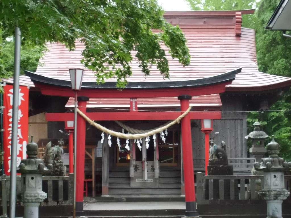 巽山稲荷神社の鳥居