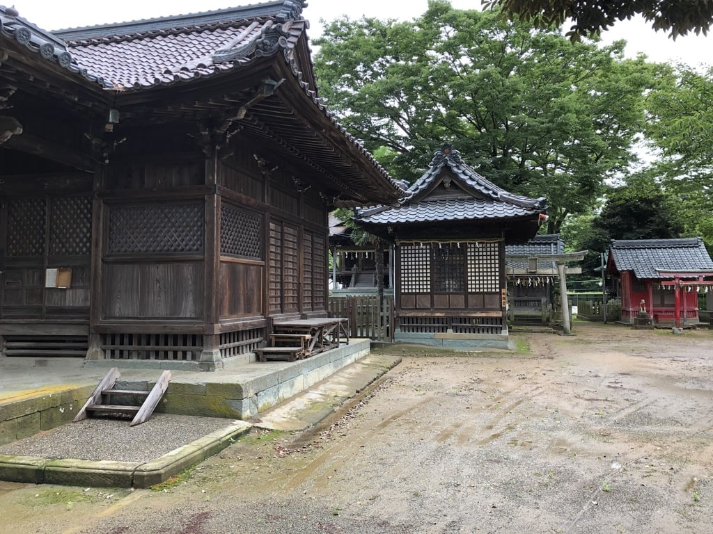 氷川神社の本殿
