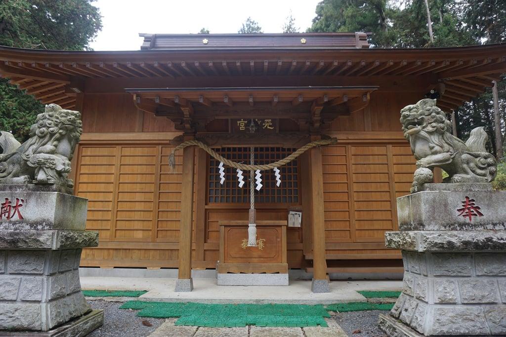 天神社の本殿