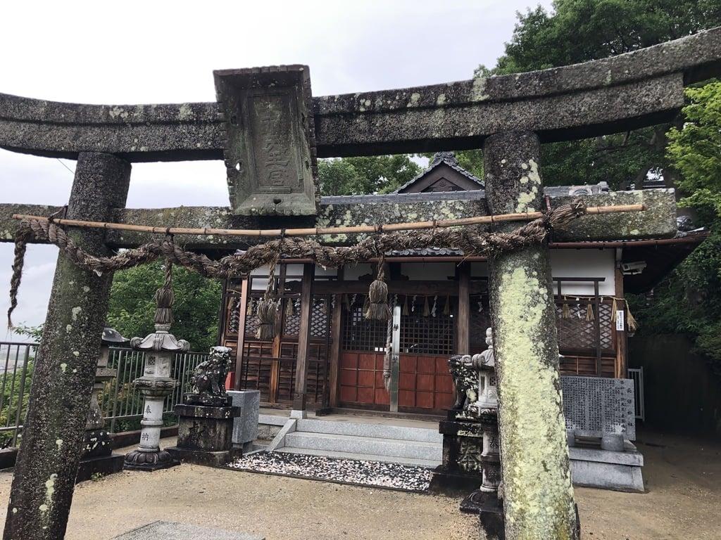慈眼寺の末社