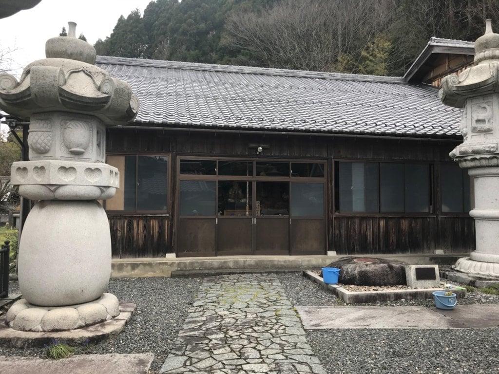 長善禅寺の本殿