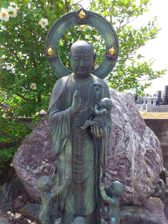 福生院の像