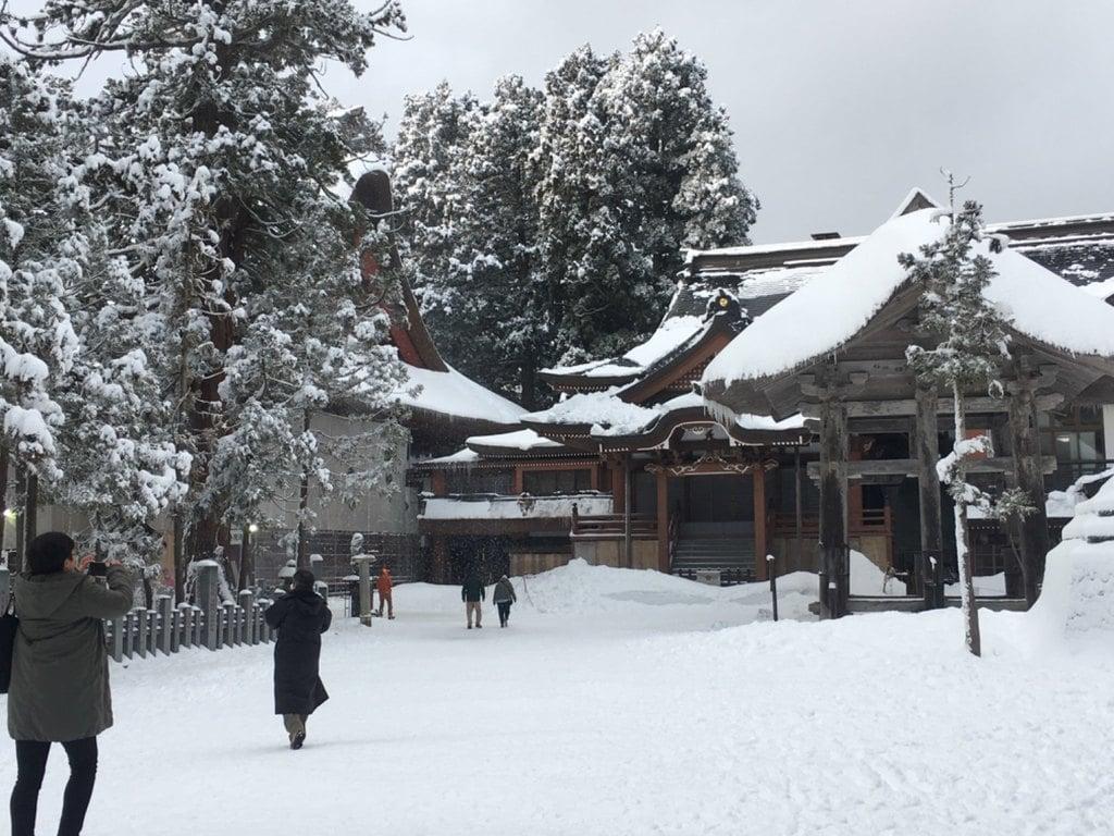出羽三山神社  羽黒山三神合祭殿の本殿