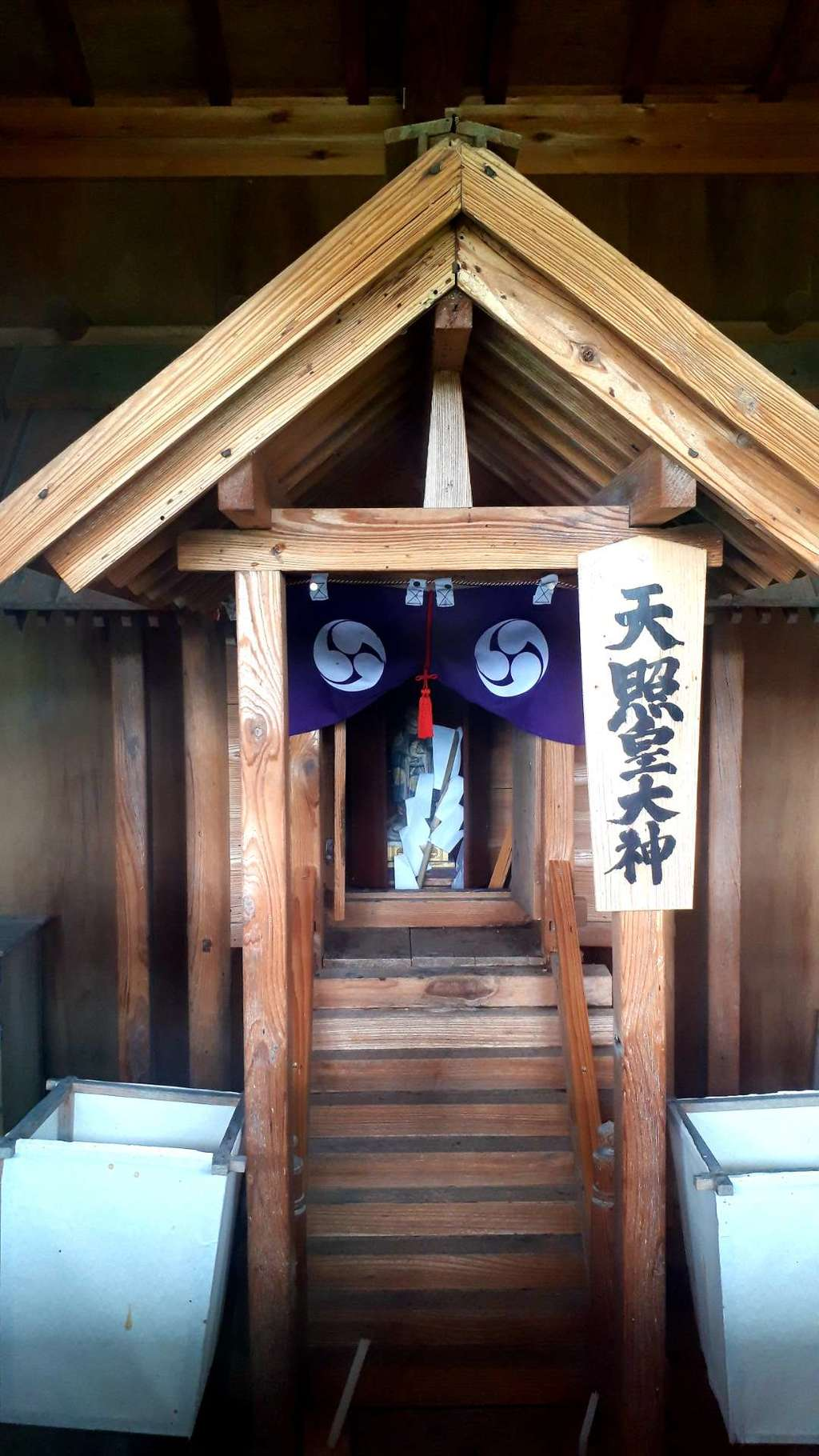 天照御祖神社の本殿