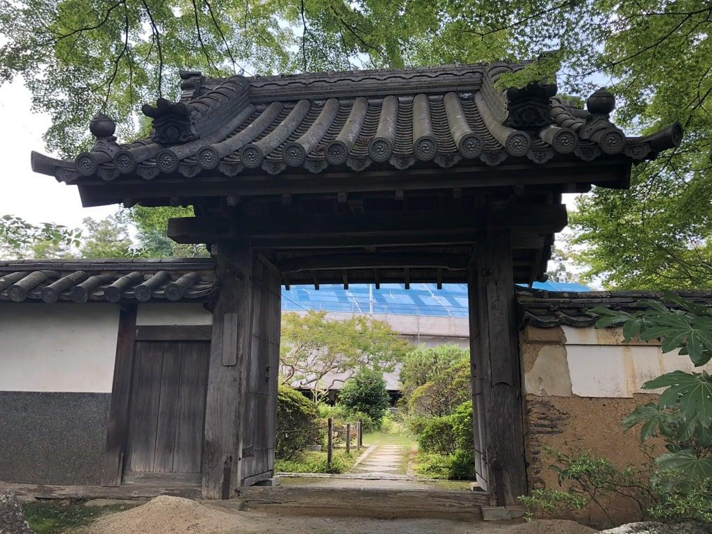 大門寺の山門