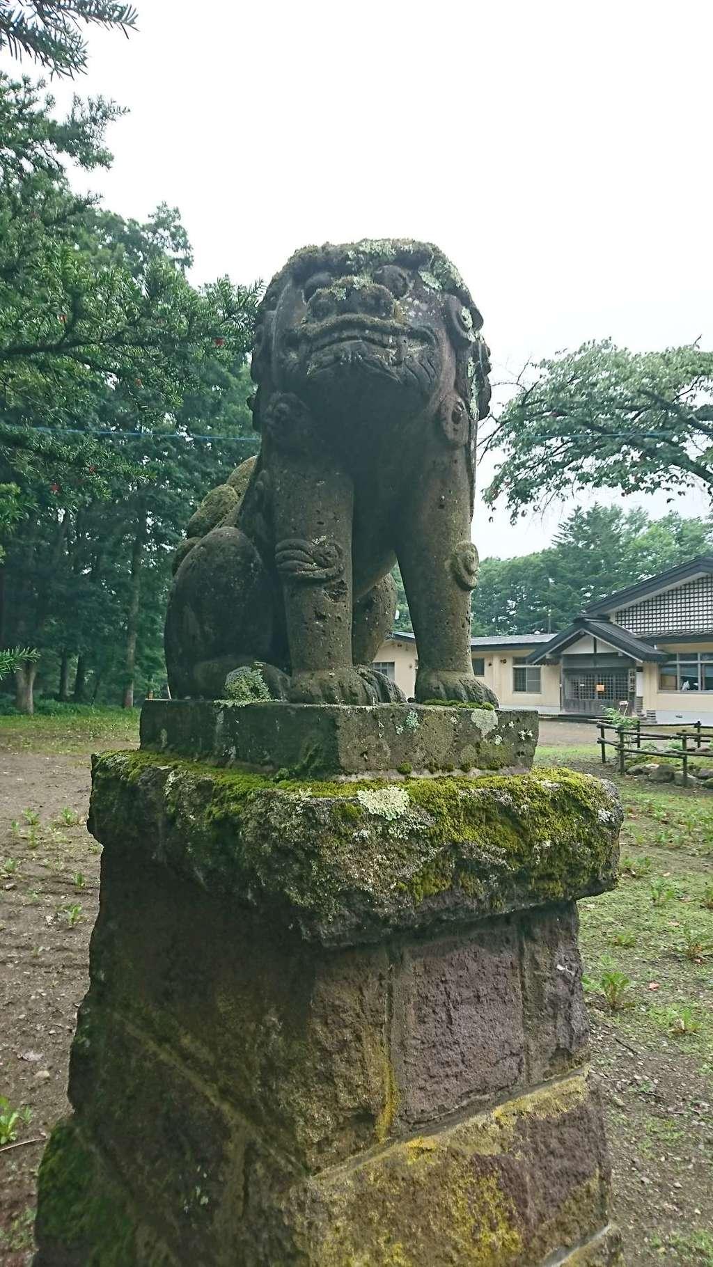 弟子屈神社の狛犬