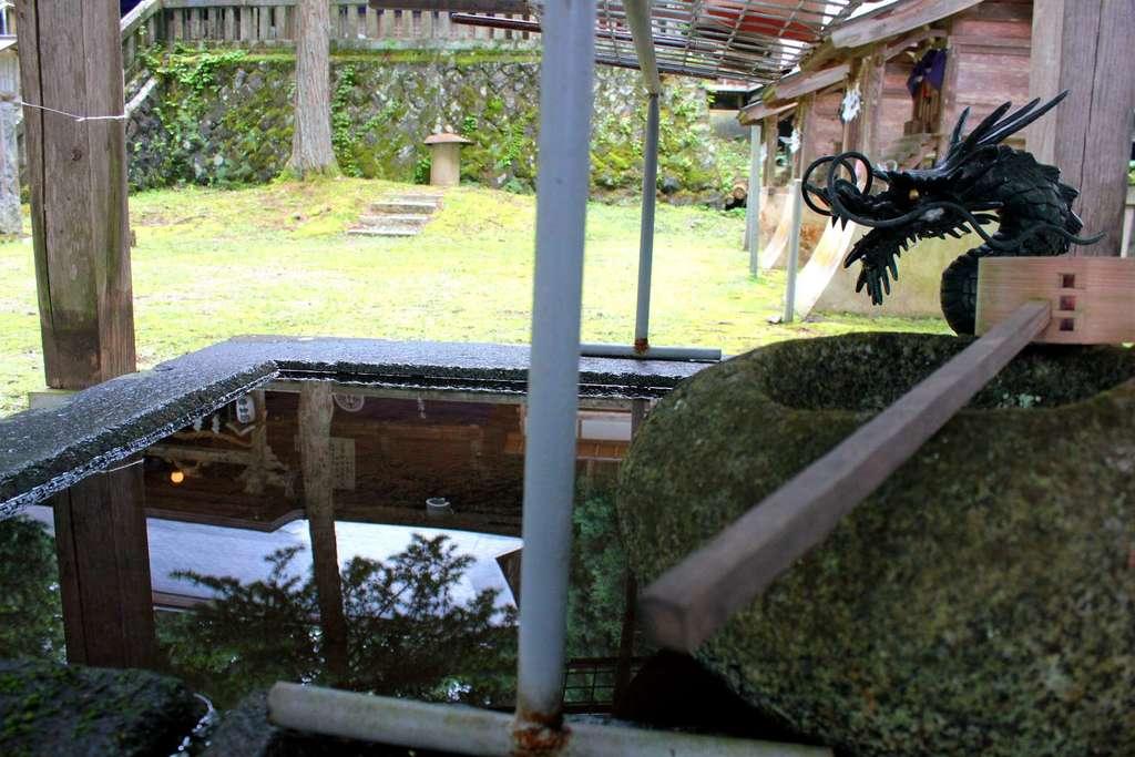 早池峯神社の手水
