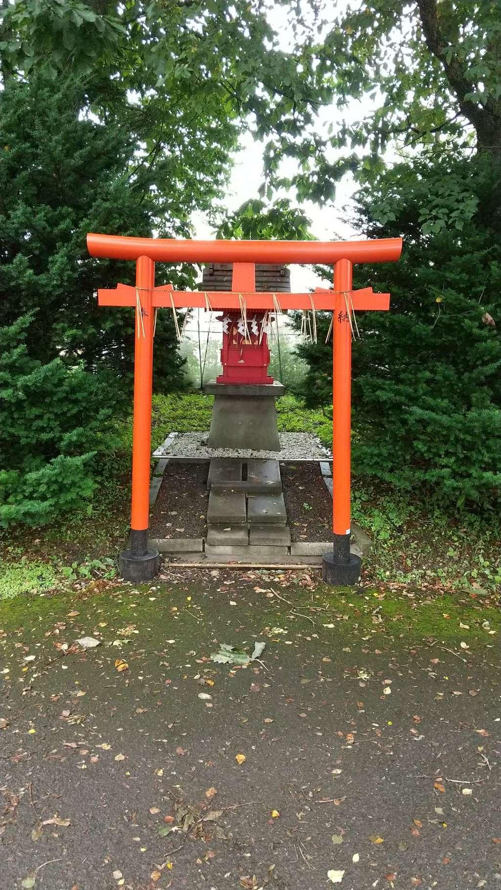 中標津神社の末社