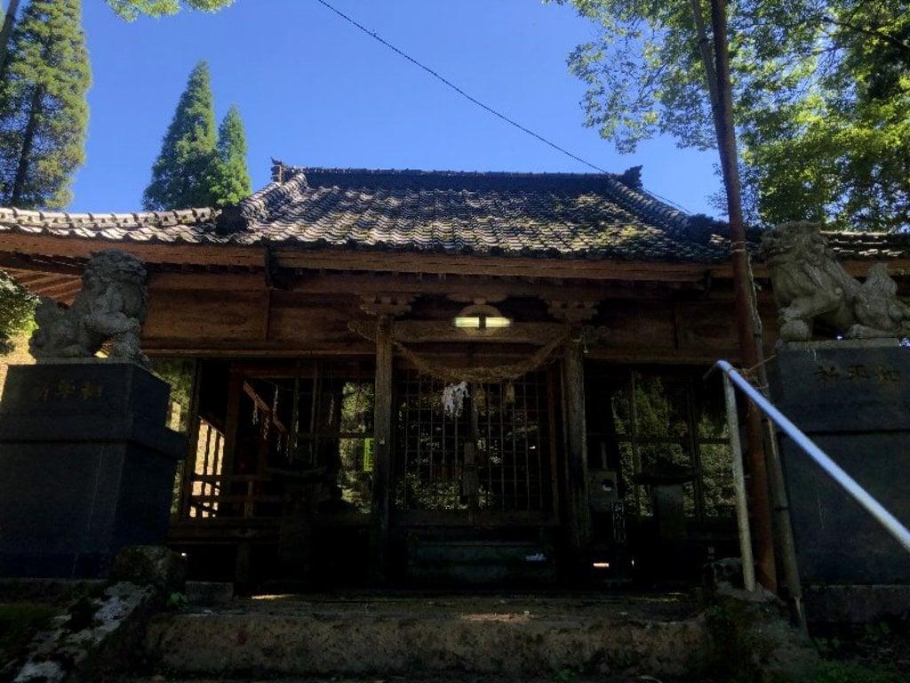 矢津田御霊神社の本殿