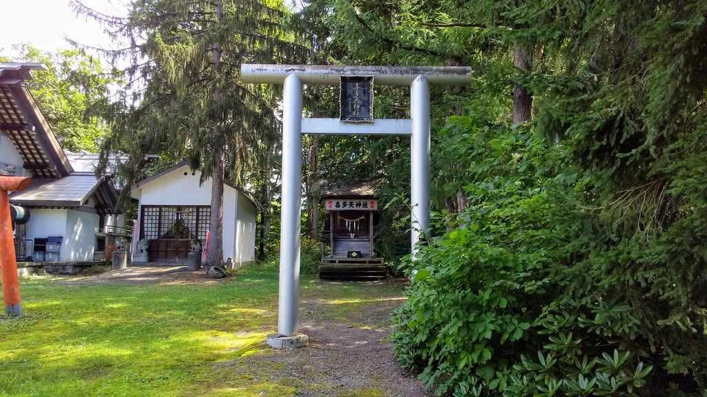 名寄神社の鳥居