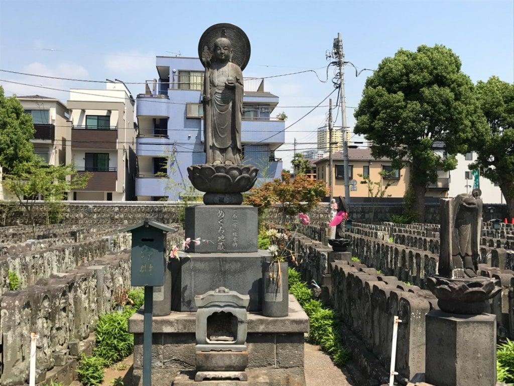 浄名院の像