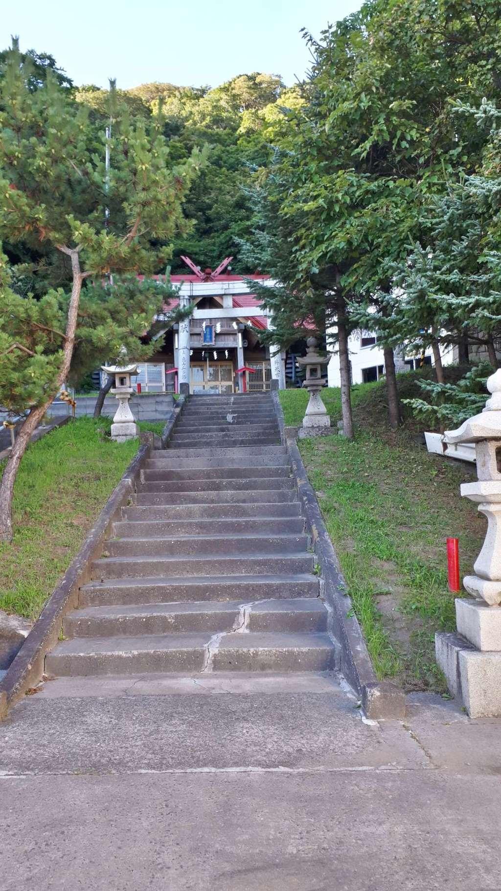神恵内嚴島神社の建物その他