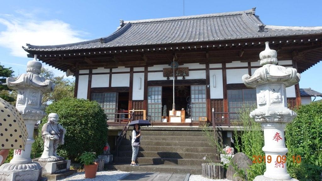 多宝寺の本殿
