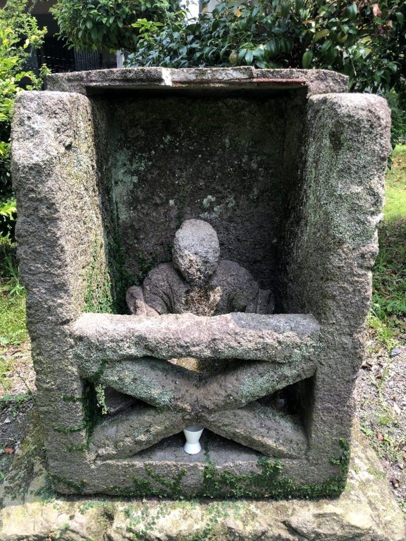 神子畢神社の建物その他