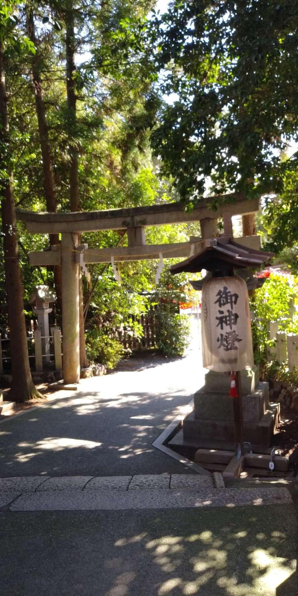 萱野神社の鳥居