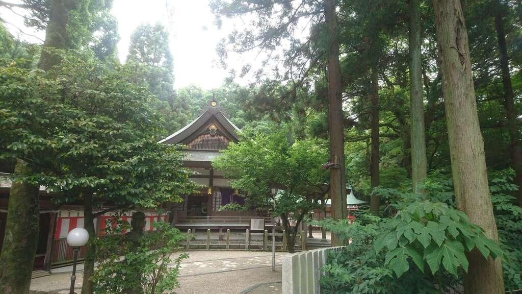 枚岡神社の建物その他