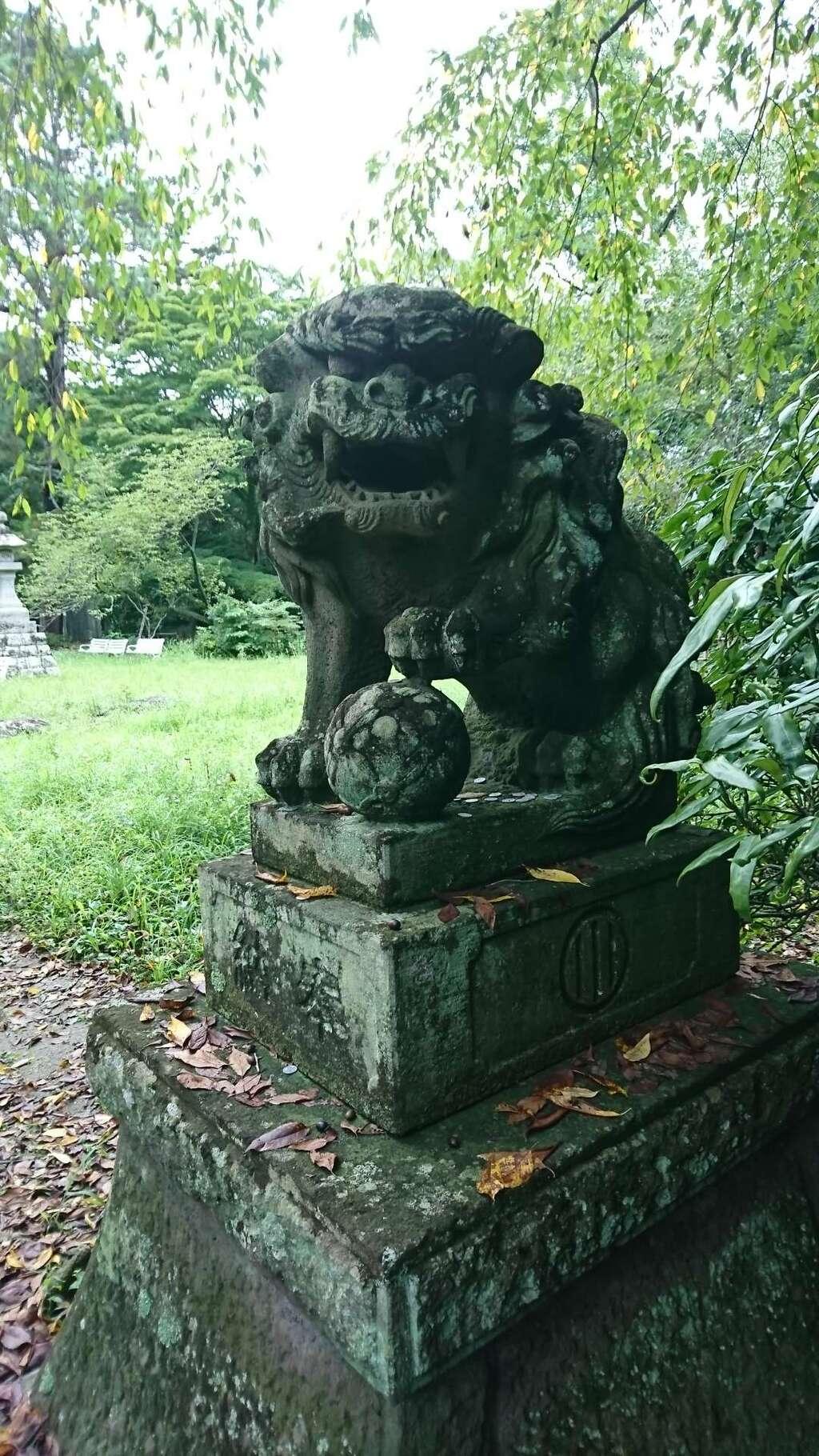 青葉神社の狛犬