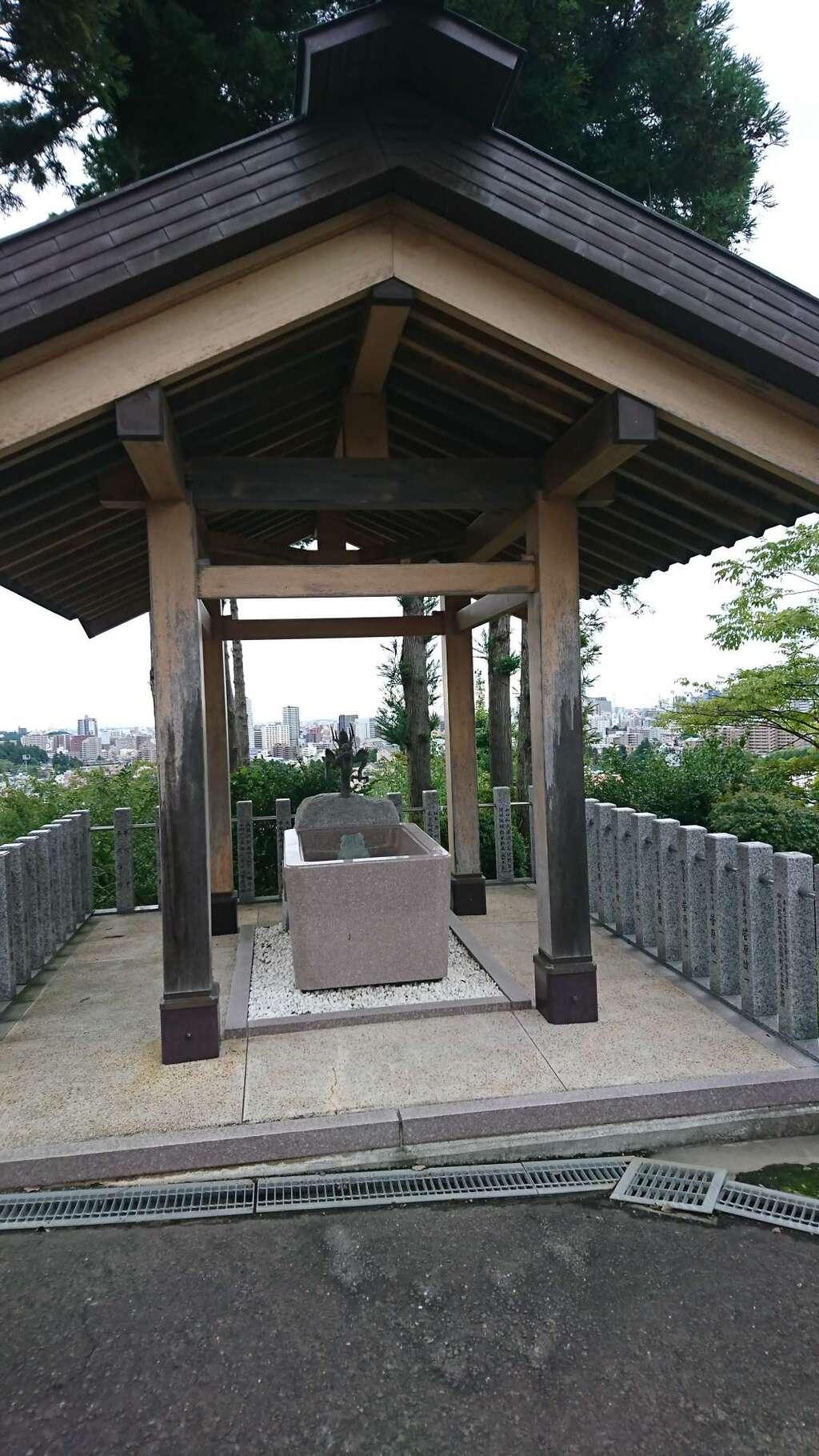 御嶽三吉神社の手水