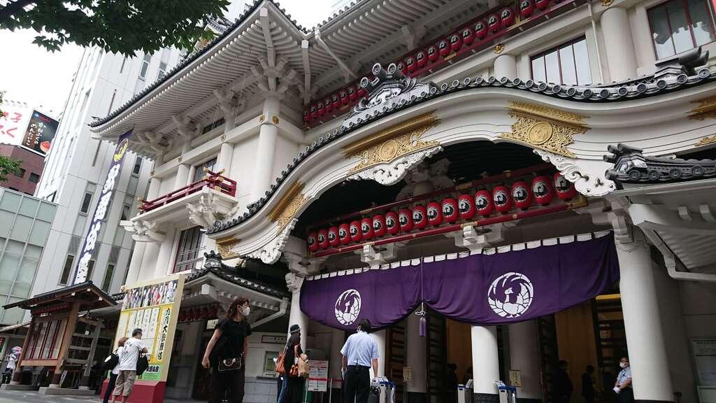 歌舞伎稲荷神社の本殿