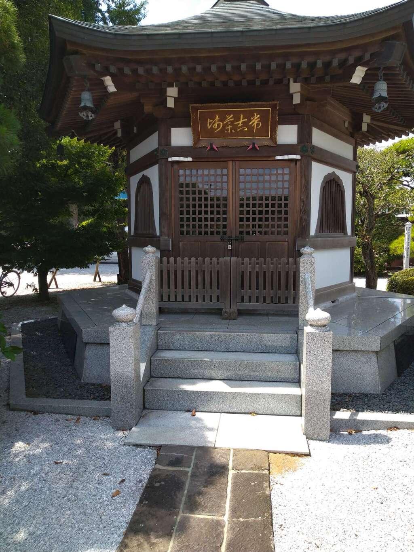 松林寺の本殿